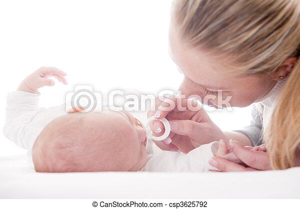 赤ん坊, お母さん - csp3625792