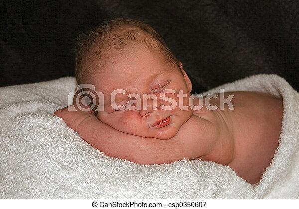 赤ん坊, 睡眠 - csp0350607
