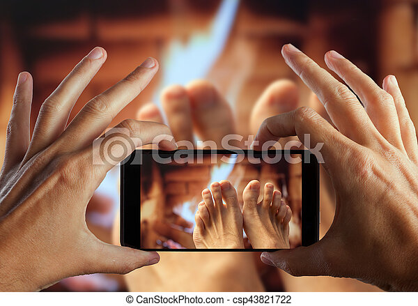 足, 写真, 手, 加熱された, 作成, fireplace. - csp43821722