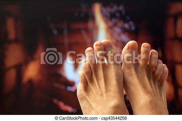 足, 暖炉, 加熱された - csp43544256