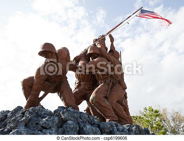 軍, 彫像 - csp6199606