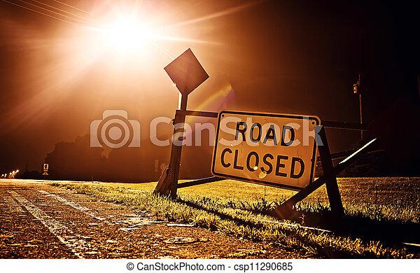 道は 印を 閉めた - csp11290685