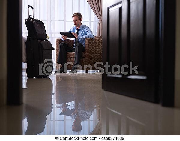 部屋, タブレット, ホテル, pc, ビジネスマン, デジタル, 使うこと - csp8374039