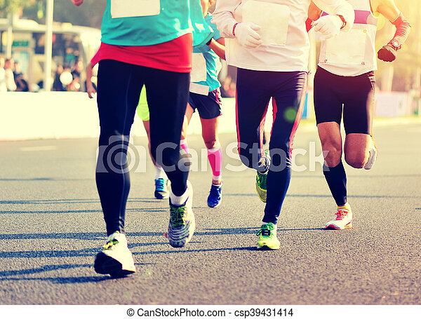 都市, 未確認, 動くこと, マラソン, 足, 運動選手, 道 - csp39431414
