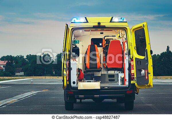 醫學的緊急情況, 服務 - csp48827487