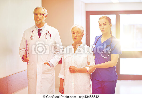 醫院, 婦女, 病人, 年長者, 軍醫 - csp43456542