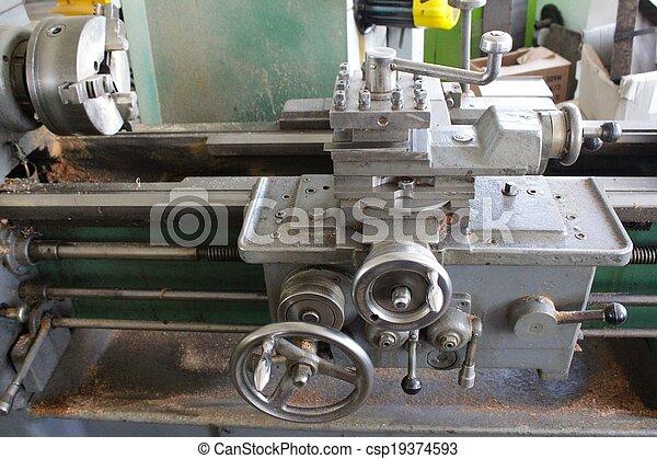 鋼, 車床 - csp19374593
