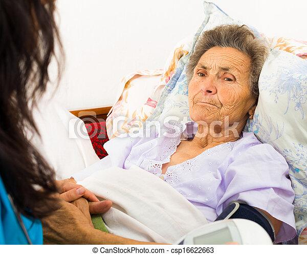 關心, 年長者, 病人 - csp16622663