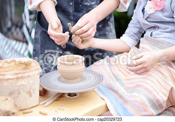 陶器の 車輪, 仕事, 投げる, マスター, 手, スタジオ, クラス - csp20329723