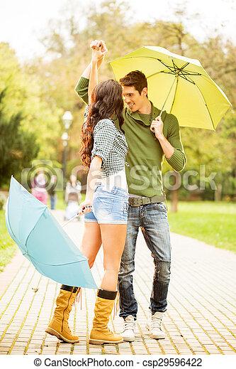 雨, ダンス - csp29596422