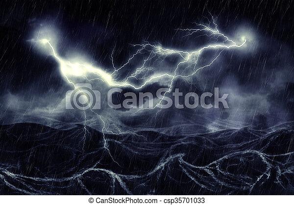 雷雨, 海 - csp35701033