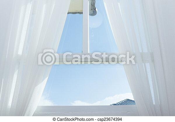 青いびら門, 窓, 空, 白 - csp23674394