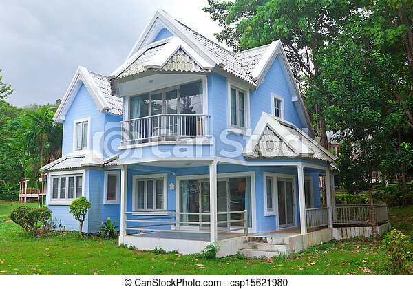 青い家, 森林 - csp15621980