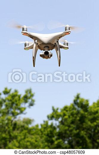 青, 木, ゆとり, 飛行, 空, 無人機 - csp48057609