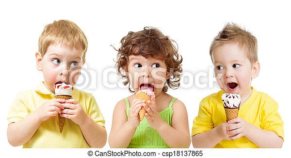面白い, 子供たちが食べる, 隔離された, 氷, 男の子, コーン, 女の子, 白, クリーム - csp18137865