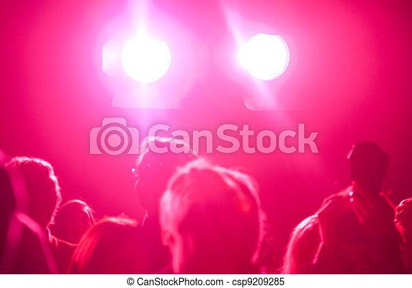 音樂會, 人群 - csp9209285