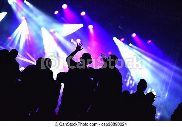 音樂會, 人群 - csp38890024