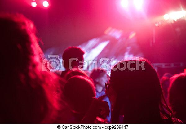 音樂會, 人群 - csp9209447