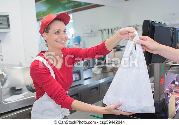 顧客, 店, 寄付, カウンター, 肉屋, 袋, 女性 - csp59442044