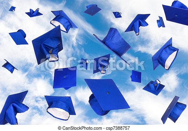 飛行, 卒業の帽子 - csp7388757