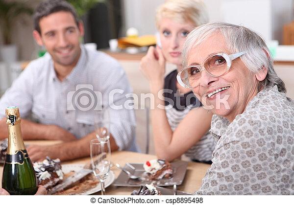 食事, 家族 - csp8895498
