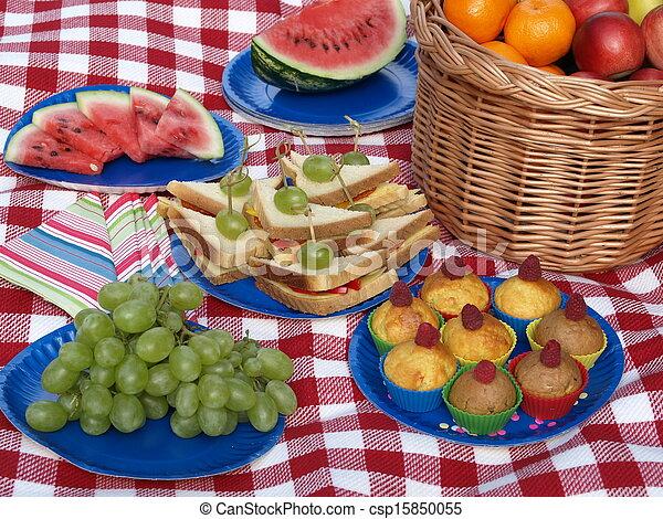 食物, ピクニック - csp15850055