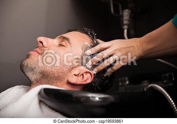 髪サロン, 洗われた, 得ること - csp19593861