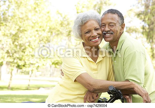 구, 한 쌍, 자전거, 공원, 연장자 - csp7429004
