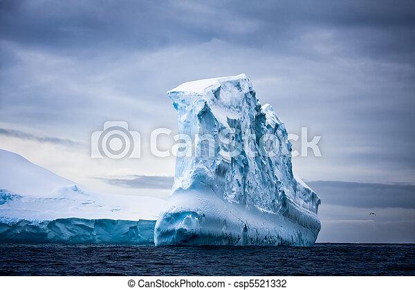 남극, 빙산 - csp5521332
