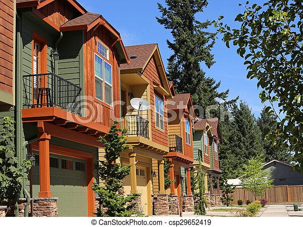 새로운, 교외에 있는, 공동주권, 근처, 아파트 - csp29652419