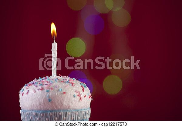 생일, 컵케이크 - csp12217570