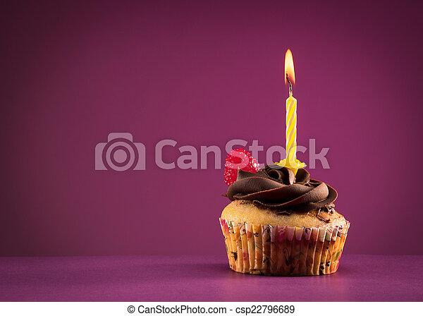 생일, 컵케이크 - csp22796689