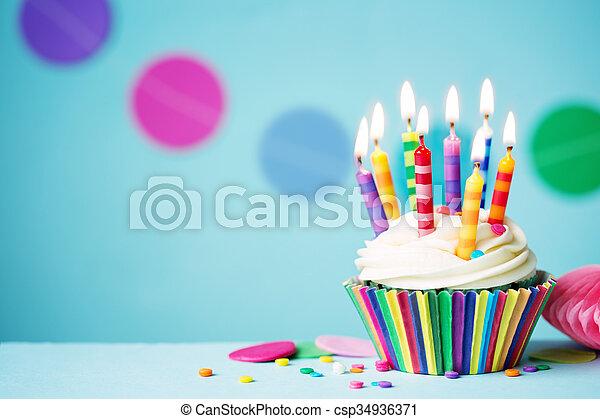 생일, 컵케이크 - csp34936371