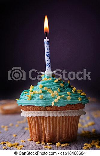 생일, 컵케이크 - csp18460604