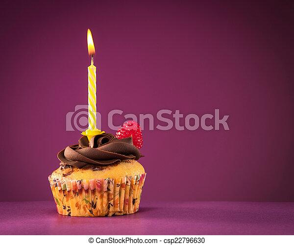 생일, 컵케이크 - csp22796630