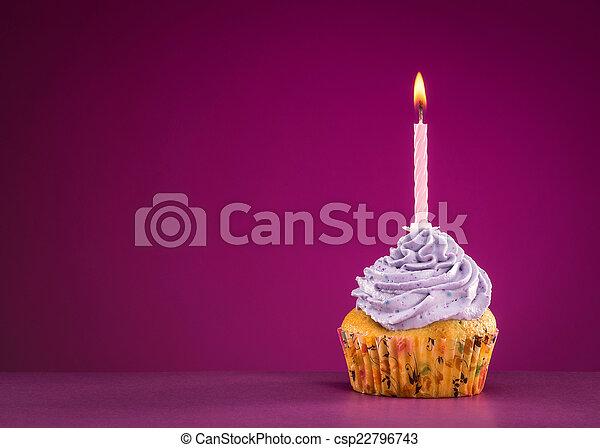 생일, 컵케이크 - csp22796743