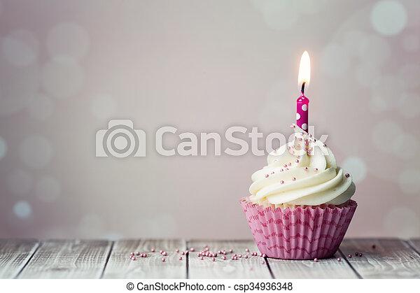 생일, 컵케이크 - csp34936348