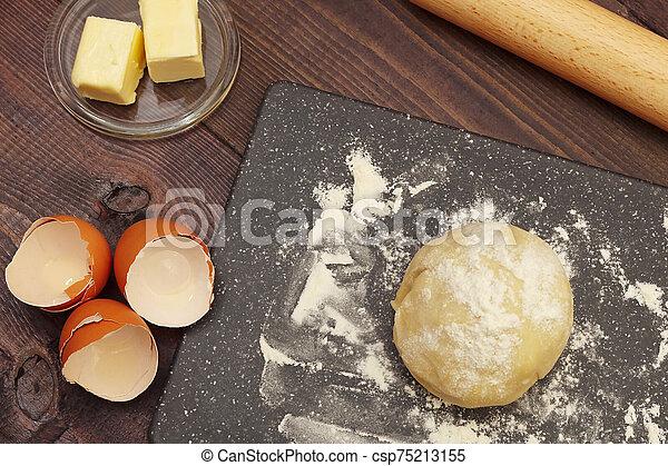 시골풍, 제작, 테이블., 성분, 반죽, 가정, 제자리표, 빵 굽기, 멍청한 - csp75213155