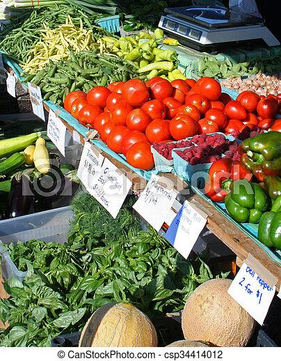 시장, 농부 - csp34414012