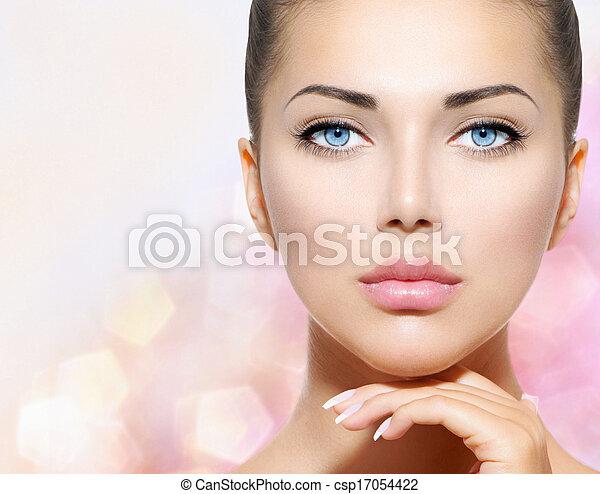 아름다운 여성, 그녀, 아름다움, 얼굴, 만지는 것, portrait., 광천 - csp17054422