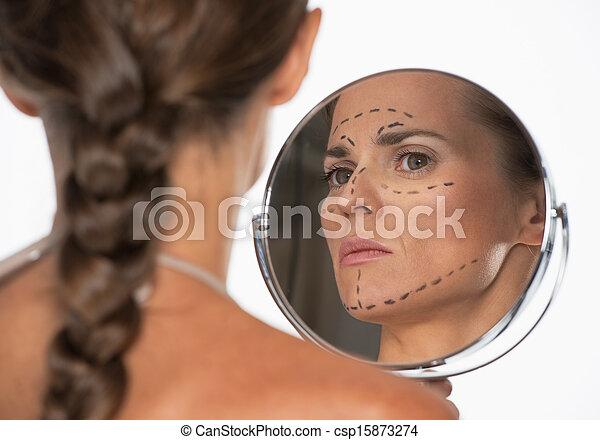 여자, 거울, 플라스틱, 복합어를 이루어 ...으로 보이는 사람, 기호, 외과, 얼굴 - csp15873274