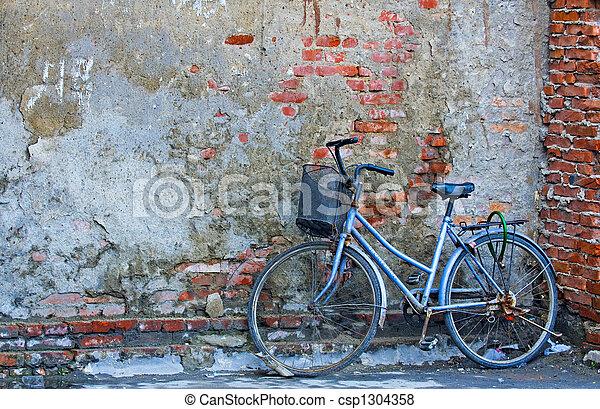 오래되었던 자전거 - csp1304358