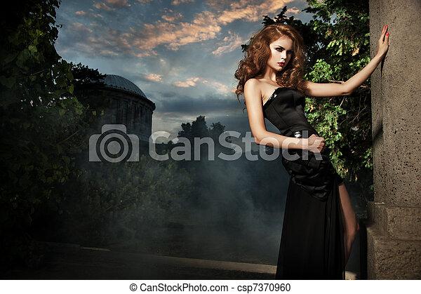 유행, 여자, 정원, 성적 매력이 있는 - csp7370960