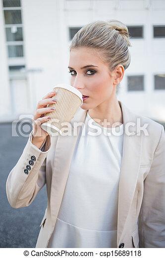 유행, 커피, 화려한, 술을 마시는 것, 여자 실업가 - csp15689118