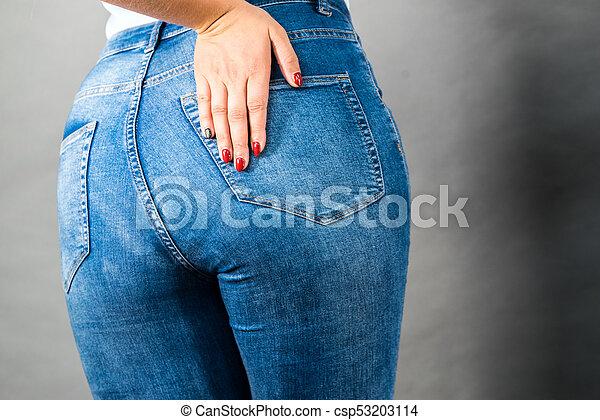 411f0a2e339 의류, 여자, 둔부, Jeans, 엉덩이 photograph