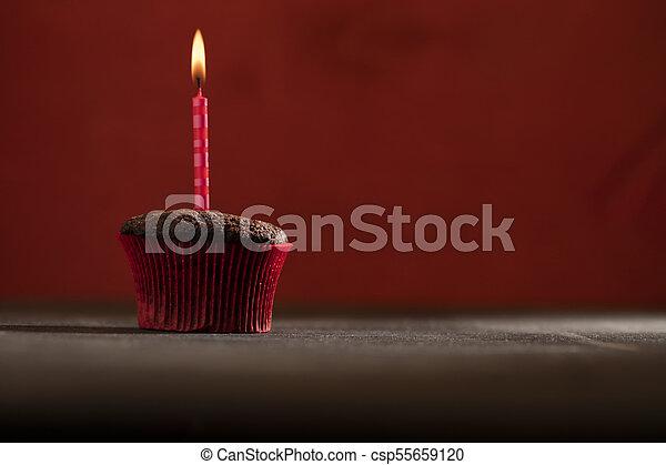 초콜릿 과자, 생일, 컵케이크 - csp55659120