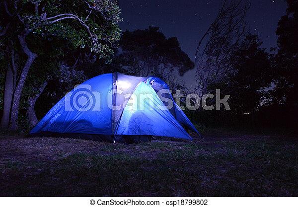 Acampando - csp18799802