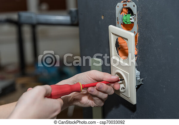 -, gros plan, installation, douille, électricien - csp70033092