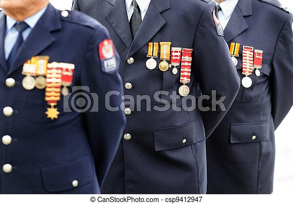 Día de Anzac, servicio conmemorativo de guerra - csp9412947
