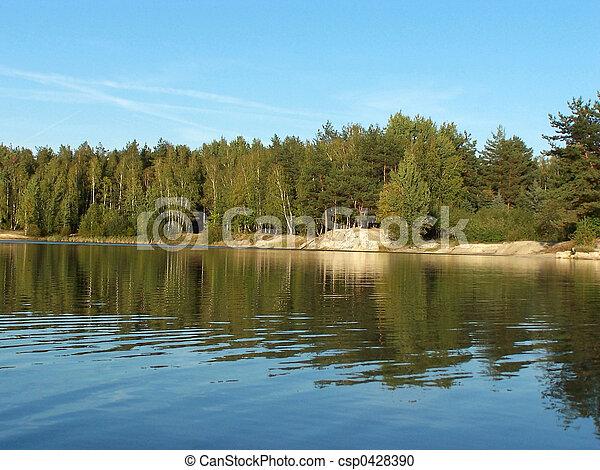 1, 森林, 湖 - csp0428390